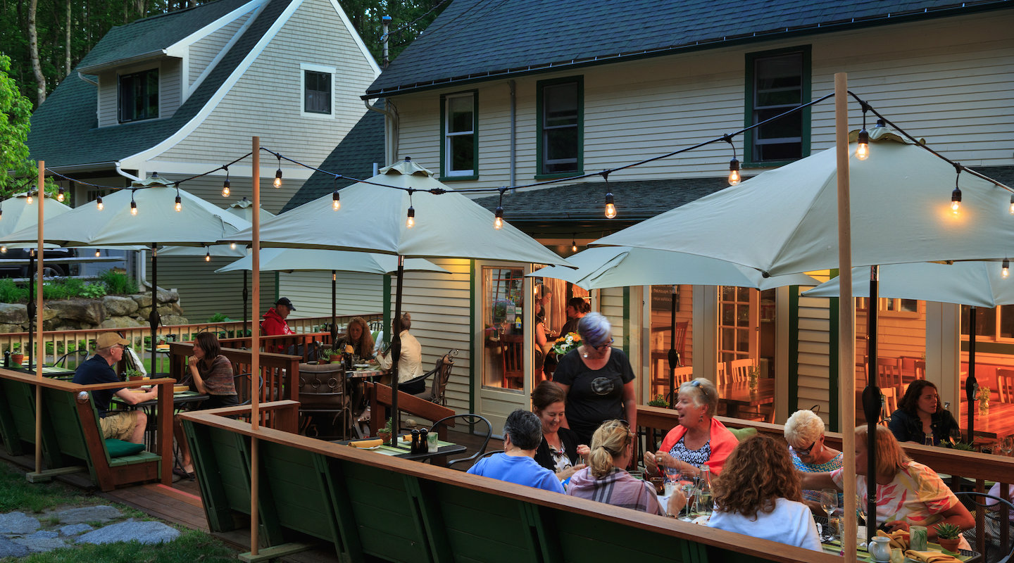 The best outdoor dining at our hotel near Lake Winnipesaukee
